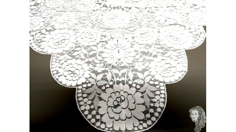 Chalina Española Modelo Raschel Color Blanco
