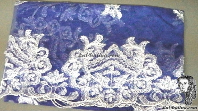Chalina Española Modelo Medalla Plata Metalico  902 Fondo Azul Rey