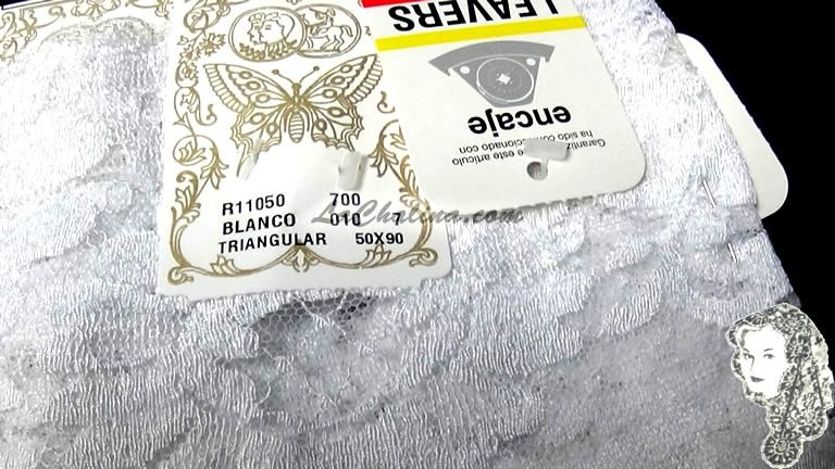 Chalina Española Modelo Medallon Blanco 010 Niña