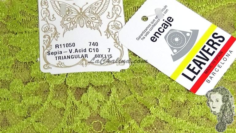 Chalina Española Modelo Medallon Verde Acido Fondo Sepia