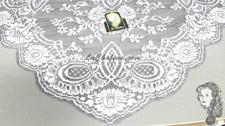Chalina Francesa Modelo Lea Color Plata Fondo Negro